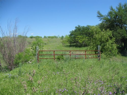 15+ Acres By Comanche Lake : Comanche : Texas